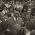 Adolf Hitler en cosume