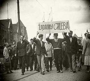 """Soulèvement de Poznań en 1956 - """"Nous exigeons du pain !"""""""