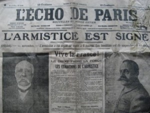 Une du journal L'Echo de Paris