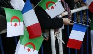 Drapeau français et algérien
