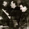 Vychinski lisant l'acte d'accusation du procès Centre antisoviétique trotskyste de réserve en janvier 1937 (procès de Radek) - source: wikipedia