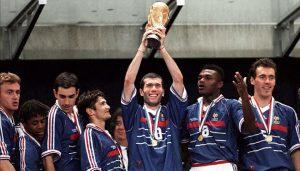 Zidane avec la coupe du monde